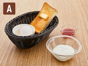 トースト&ゆで卵にヨーグルトをプラス